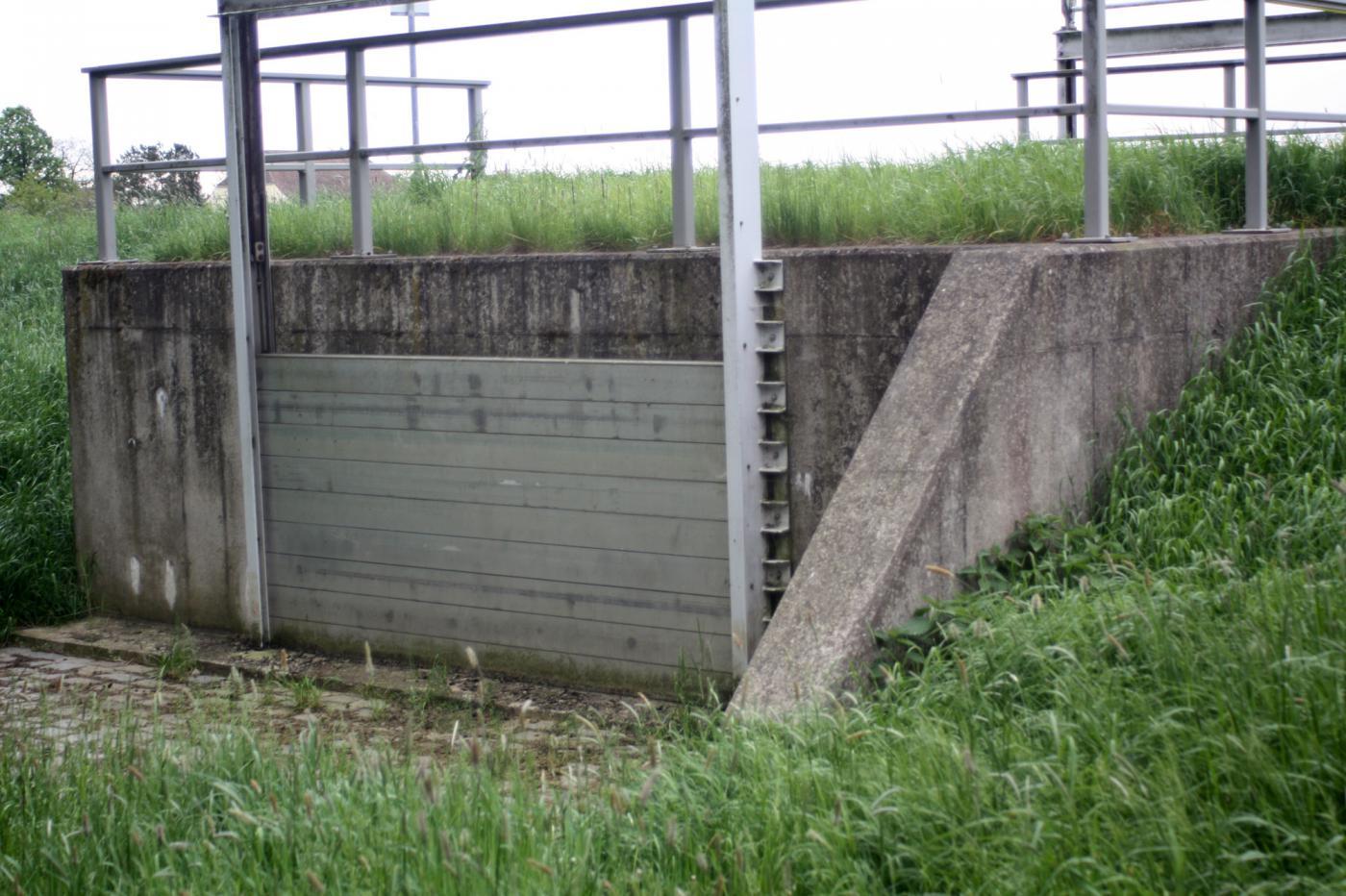 Jährliche Überwachung der Hochwasserschutzanlage im Rahmen der Laufendhaltung der Deichbücher des Betriebes Oberes Elbtal Lose1 bis 8