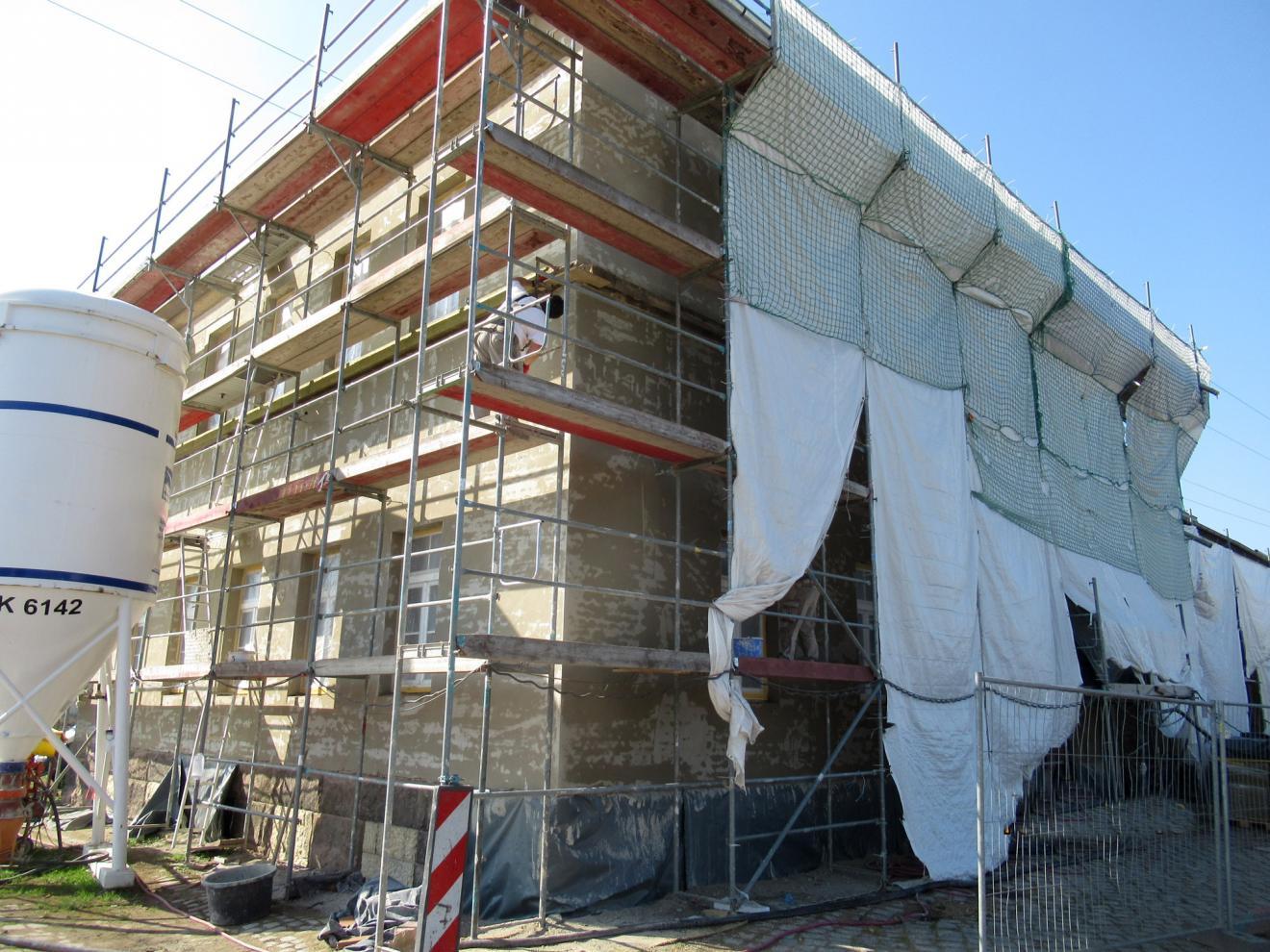 Fassadensanierung (energetische Ertüchtigung) Güterabfertigung Riesa, Heinrich-Schönberg-Straße 1a in 01591 Riesa im Landkreis Meißen