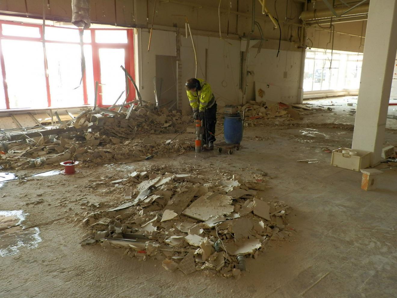 Ehemalige Chemische Reinigung im Real-SB Warenhaus in Mannheim-Sandhofen - Abfallrelevante Untersuchungen