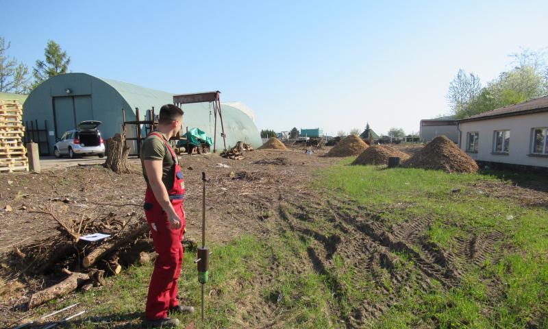 Klärung der Baugrundverhältnisse und Versickerungsfähigkeit zur Errichtung einer Lagerhalle in Riesa/Landkreis Meißen